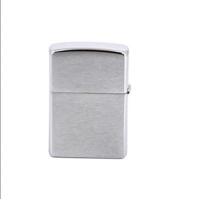 Купить Зажигалка зиппо классик с покрытием стрит хром серебристая матовая 207 в Уфе в магазине Tabakos