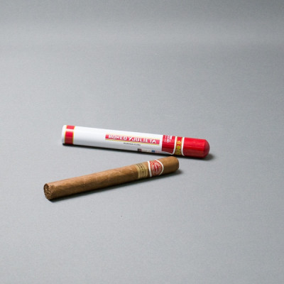 Сигара ромео и джульета черчиль № 3 (romeo y julieta)